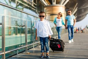 8 Hot Tips While Traveling with Kids