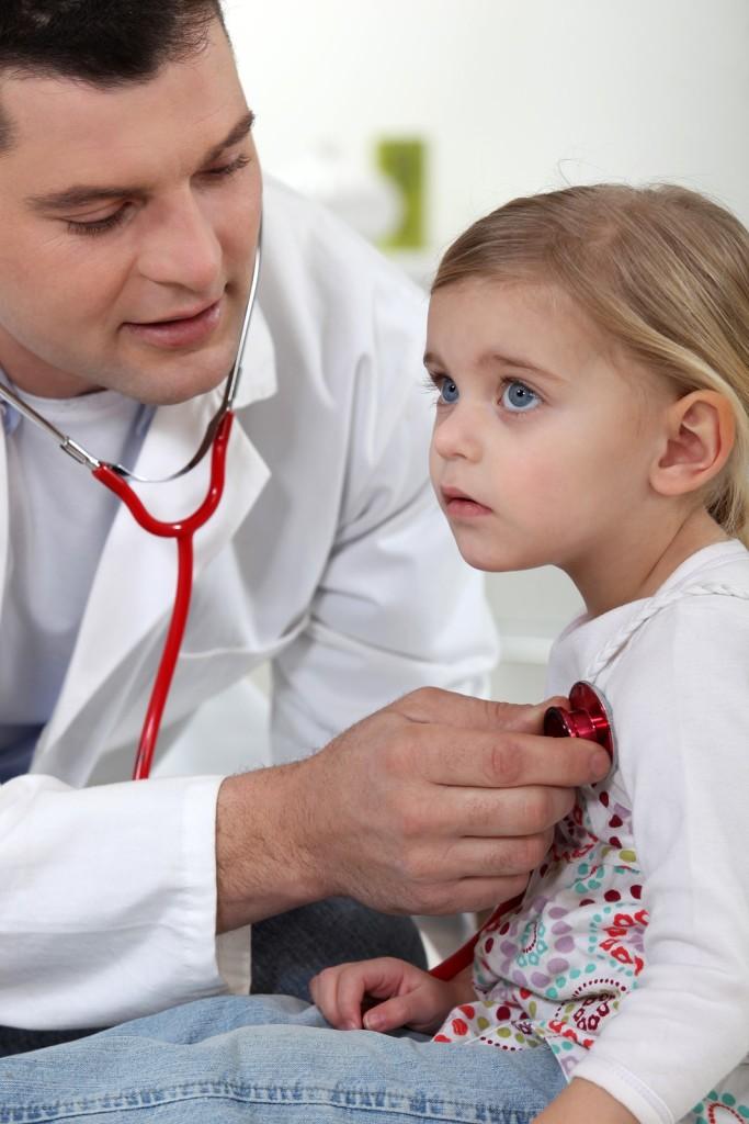 Littleton Pediatrician Advises on Effective Peanut Allergy Management